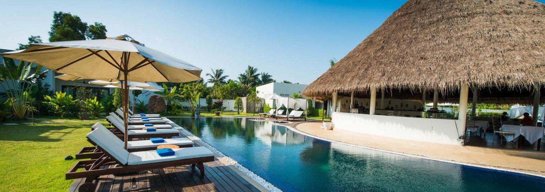 Fresh-water 18m lap swimming pool Navutu Dreams