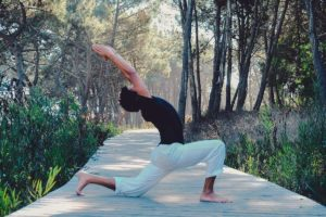 yoga while on holiday with children