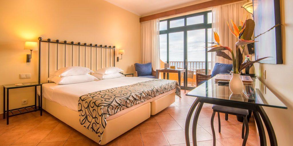 Bedroom at Alpino Atlantico