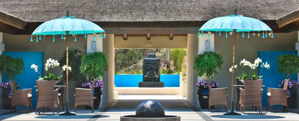courtyard terrace at Shanti Som
