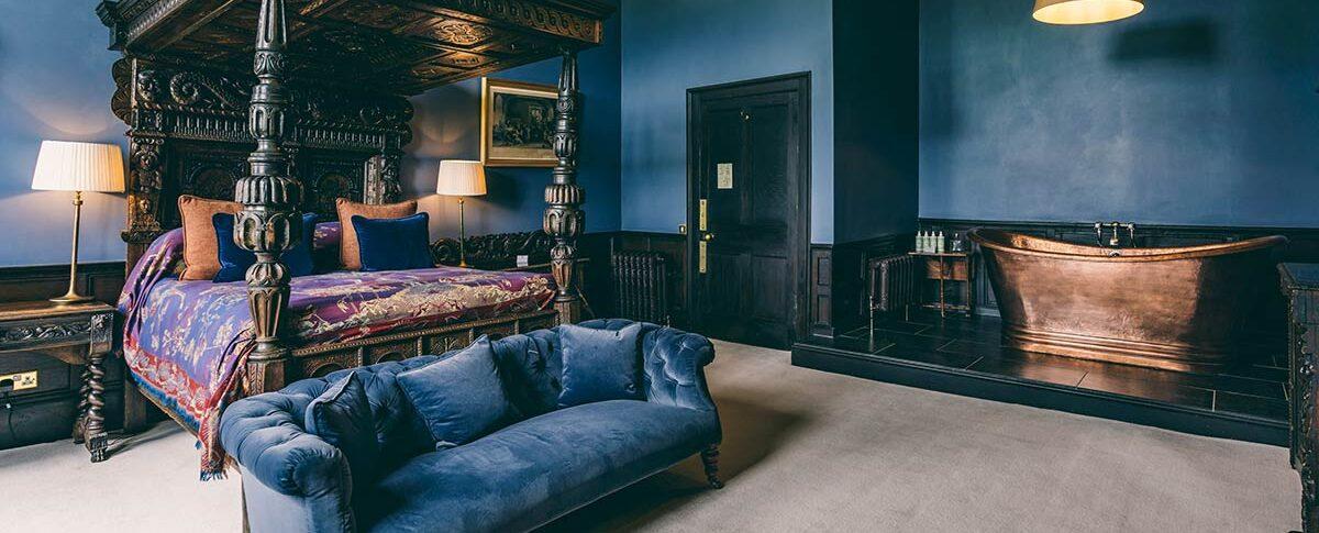 Elmore Court the Oak Bedroom